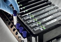 BD MAXTM ExKTM TNA-3 セット及び BD MAXTM PCR Cartridges の組み合わせ
